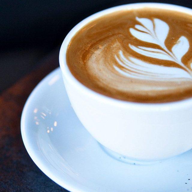 Custom Printed Coffee Mugs to Serve Your Hot Coffee